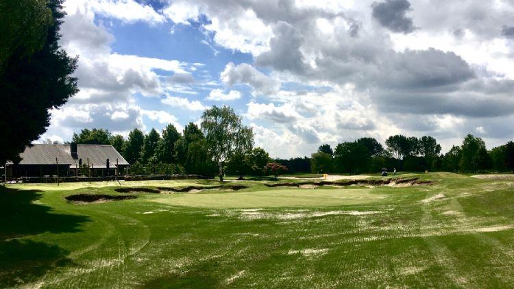 In maart 2020 begon Golfbaan Princenbosch aan de uitbreiding met een nieuwe par 3-oefenbaan. Golfbaanarchitect Alan Rijks: 'Met liefde werd het graszaad gezaaid, met liefde werd er water gegeven.'
