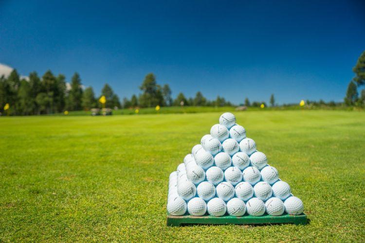 Heeft het aantal golfbanen met onderhoudsaannemer zijn top bereikt?